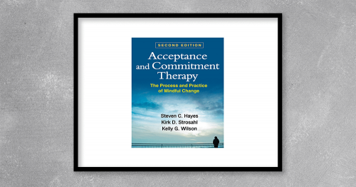 Since the original publication of this seminal work, acceptance and commitment therapy (ACT) has come into its own as a widely practiced approach to helping people change. This book provides the definitive statement of ACT–from conceptual and empirical foundations to clinical techniques–written by its originators. ACT is based on the idea that psychological rigidity is a root cause of a wide range of clinical problems. The authors describe effective, innovative ways to cultivate psychological flexibility by detecting and targeting six key processes: defusion, acceptance, attention to the present moment, self-awareness, values, and committed action. Sample therapeutic exercises and patient-therapist dialogues are integrated throughout.